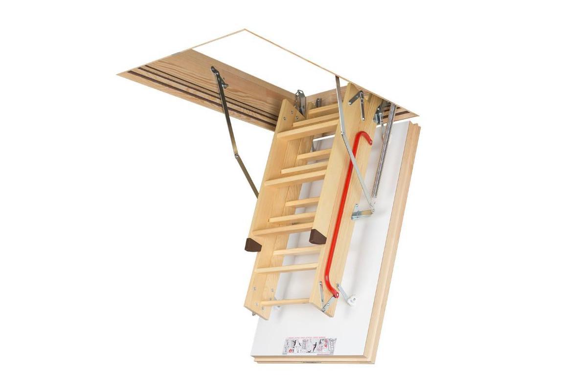 Деревянная чердачная лестница Fakro Thermo LWT (суперэнергосберегающая)
