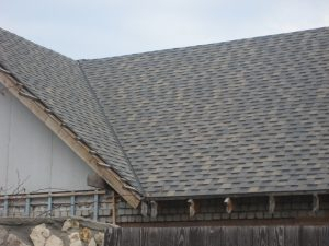 Гибкая черепица на крыше рязанского дома